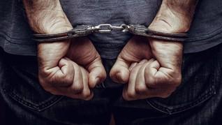Polisi Ringkus 8 Tersangka Pembobolan Rekening Ilham Bintang