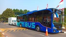 Transjakarta dan Bus Listrik Moeldoko Tambah 'Intim'