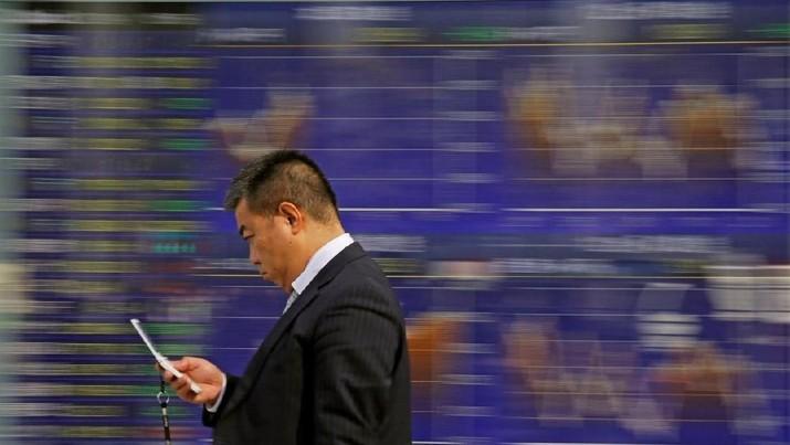 Mayoritas bursa saham utama kawasan Asia menutupan pekan ini dengan bertengger di zona hijau.