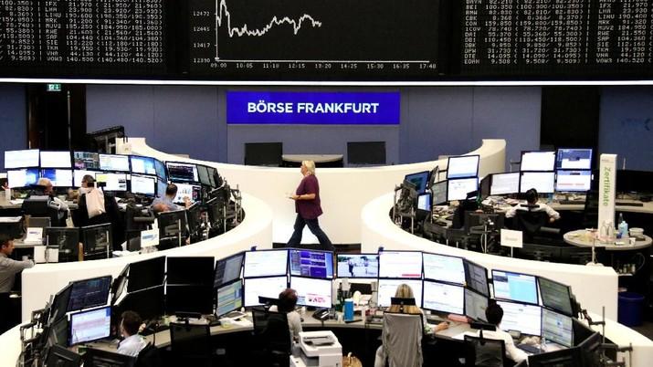 Bursa-bursa utama Eropa ditutup bervariasi pada perdagangan hari Senin (3/9/2018).
