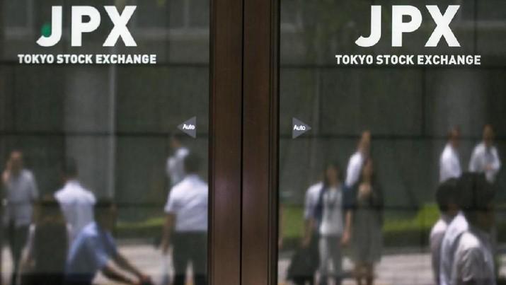 Bursa saham Jepang dibuka melemah pada perdagangan hari Senin (3/9/2018) setelah AS dan Kanada gagal menyepakati perjanjian dagang.