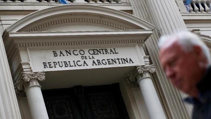 Inflasi Argentina diprediksi mencapai 30% di September.
