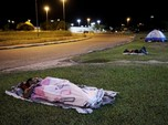 Miris! Didera Krisis, Warga Venezuela Tidur di Jalan