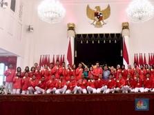 Keceriaan Pembagian Bonus Asian Games Langsung oleh Jokowi