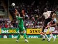 Manchester United Menang, Tottenham Kalah di Liga Inggris
