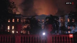 VIDEO: Museum Tertua di Brasil Hangus Terbakar