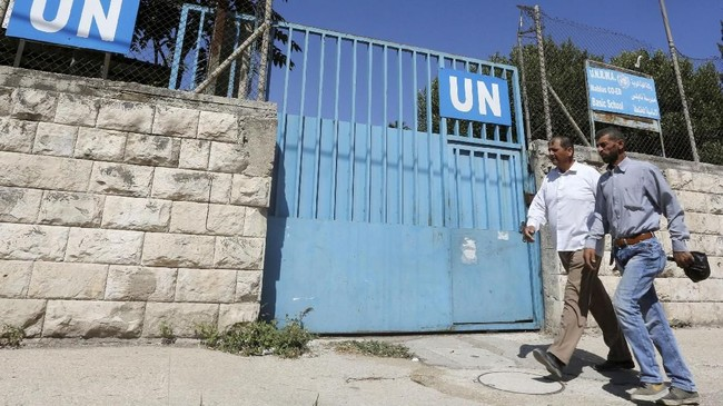 Washington hingga tahun lalu merupakan pendonor terbesar UNRWA. (REUTERS/Abed Omar Qusini)