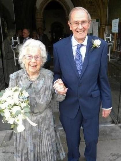 Inilah Pengantin Baru Tertua, Menikah di Usia 92 Tahun