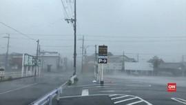 VIDEO: Topan Jebi Hantam Jepang, Pertama Sejak 25 Tahun