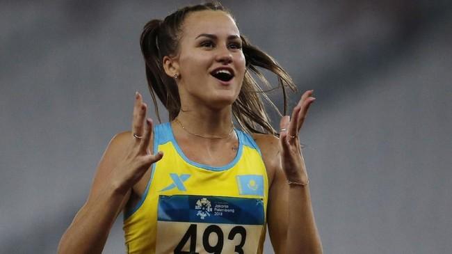 Nadezhda termasuk salah satu atlet yang memiliki banyak penggemar di arena atletik SUGBK selama gelaran Asian Games 2018. (REUTERS/Willy Kurniawan)