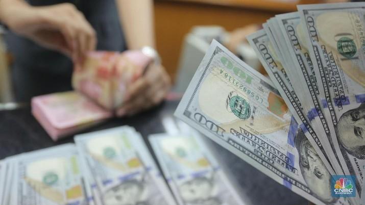 Nilai tukar rupiah terhadap dolar Amerika Serikat (AS) bergerak melemah sepanjang perdagangan sepekan ini