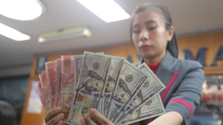 Pukul 10:00 WIB: Rupiah Kian Lemah ke Rp 14.930/US$