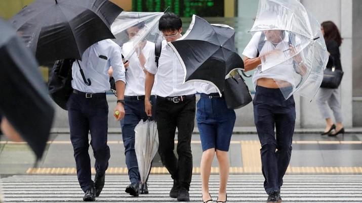 Dilanda Bencana, Perekonomian Jepang Menyusut 0,3%