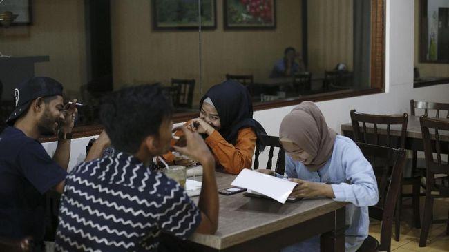 Bireuen Aceh Larang Non-Muhrim Duduk Semeja di Kedai Kopi