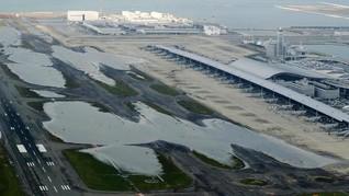 Usai Topan, Jepang Evakuasi 3.000 Orang dari Bandara Kansai