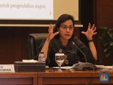Sri Mulyani Teken Aturan Kenaikan Pajak Ribuan Barang Impor