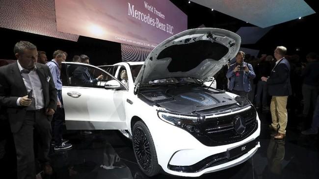 Manufaktur otomotif Jerman itu diketahui telah meluncurkan konsep SUV bertenaga listrik dua tahun silam. (TT News Agency/Soren Andersson/via REUTERS)