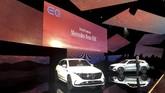 Mercedes-Benz meluncurkan sport utiliy vehicle (SUV) bertenaga listrik masa depan, EQC di Swedia. (REUTERS/Esha Vaish)