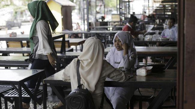 Kebijakan Diskriminatif Berlandaskan Agama Sulitkan Perempuan