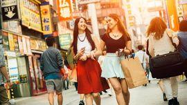 10 Tempat Belanja Populer di Jepang