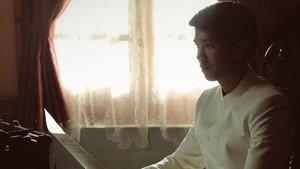 Hanung Minta Iqbaal Ramadhan Jadi Budak demi 'Bumi Manusia'