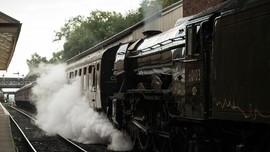 Kereta Hogwart Express Beroperasi di Skotlandia