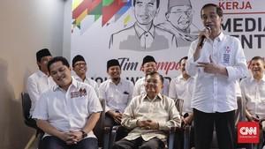 Senyum Jokowi Ceritakan La Nyalla Tiga Kali Minta Maaf