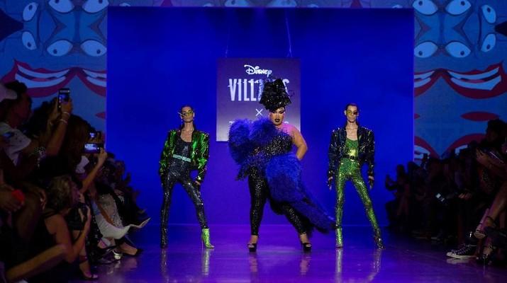 Pertama di New York Fashion, Busana Berbalut Karakter Disney
