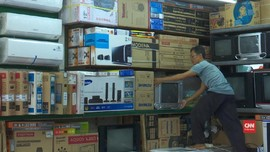VIDEO: Harga Barang Elektronik Naik, Konsumen Tunda Pembelian