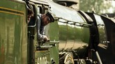 Kereta ini sebenarnya sudah beroperasi sejak tahun 1862, namun nama Flying Scotsman baru digunakan 62 tahun kemudian.