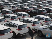 Penjualan Mobil Juni Anjlok