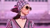 Label Kate Spade populer berkat rancangannya yang unik dan warna-warna yang mencolok. (AFP PHOTO / Angela Weiss)