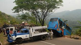 Kecelakaan Bus di Sukabumi, Berikut Tips Menyetir di Turunan