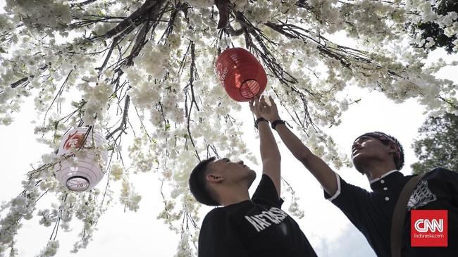 Acara Jak-Japan Matsuri digelar untuk memeringati 60 tahun hubungan persahabatan Indonesia dan Jepang. (CNN Indonesia/ Hesti Rika)