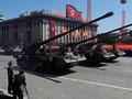 Parade Kemerdekaan Korea Utara Tanpa Rudal Antarbenua