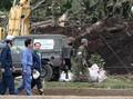 Korban Tambah Jadi 37 Orang, Abe Datang ke Lokasi Gempa