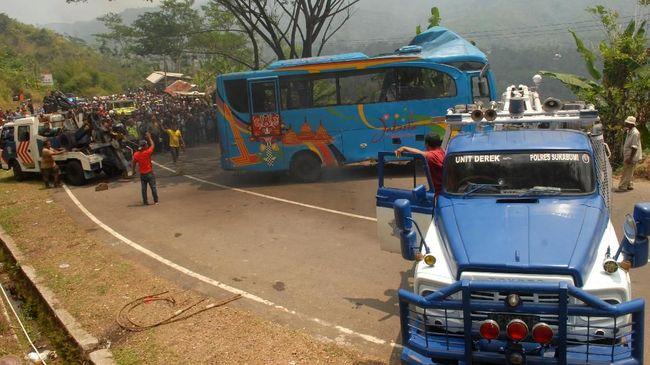 Polisi Belum Tetapkan Tersangka Kecelakaan Bus Sukabumi