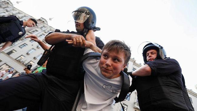Unjuk Rasa di Rusia, 839 Orang Ditahan