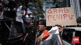Tak Kunjung Bubar, Demo Ojek Online Berujung Razia Pengendara