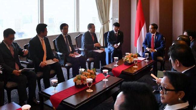 FPNI Ke Korea, Jokowi Bertemu dengan Bos Hyundai, Lotte, dan Posco