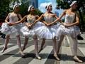 FOTO: Membawa Balet di Perempatan Jalan