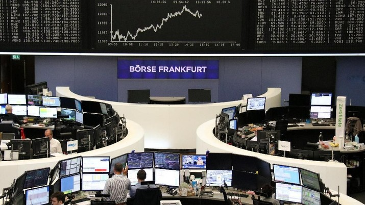 The German share price index DAX graph is pictured at the stock exchange in Frankfurt, Germany, September 10, 2018.    REUTERS/Staff