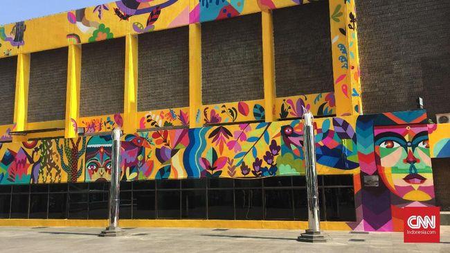 Resmikan Mural di TIM, Anies Ingin Jakarta Jadi Kanvas Seni