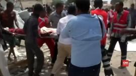 VIDEO: Bom Mobil Bunuh Diri Meledak di Mogadishu
