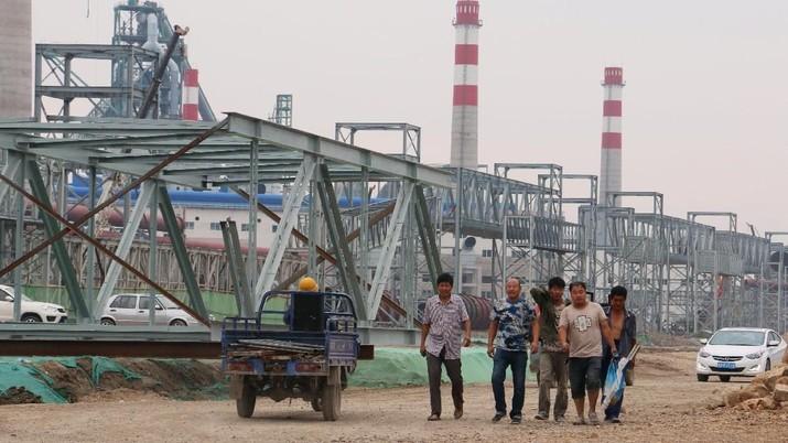 Sektor Manufaktur China Terpukul Perang Dagang