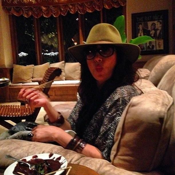 Bonnie Aarons, Pemeran Valak yang Ternyata Suka Kulineran