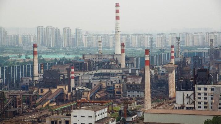 Industri Manufaktur Kecil & Menengah China Tumbuh Tipis