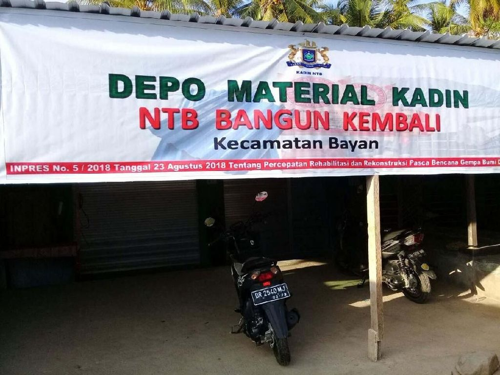 Depo material rumah tahan gempa yang dibuka Kadin di Kecamatan Kayangan, NTB. Pool/Kementerian PUPR.