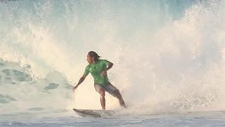 Destinasi Surfing di Lombok Incaran Peselancar Dunia