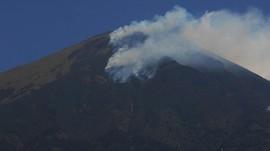 Lahan Hutan Gunung Guntur Garut Terbakar